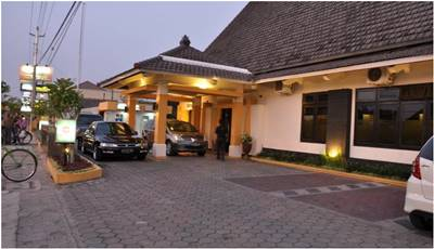 View Depan Hotel Wisanti Jogja
