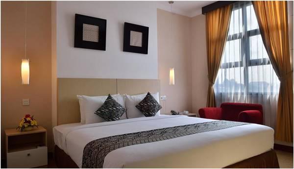 Kamar UNY Hotel Tipe Suite Room. Salah Satu Hotel Dekat Kampus Universitas Negeri Yogyakarta